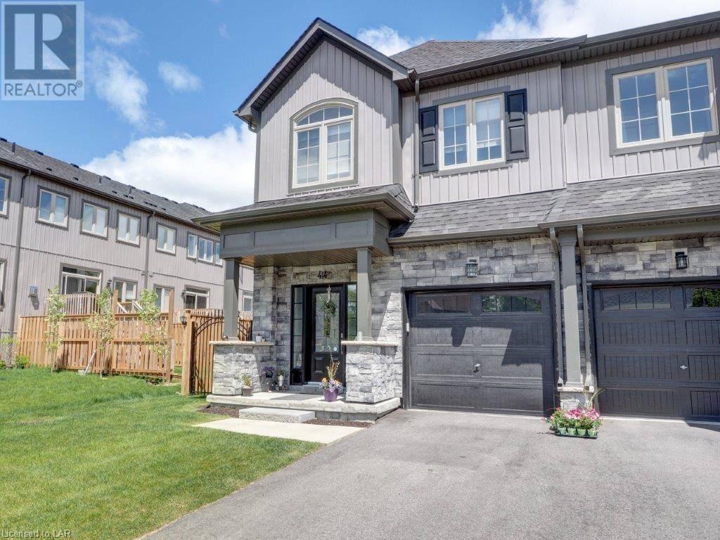 Townhouse for sale at 44 Penetang St Orillia Ontario - MLS: 215087