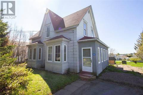 House for sale at 44 Queens Rd Sackville New Brunswick - MLS: M123342