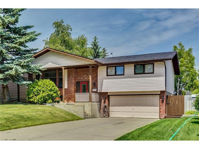 Sold: 44 Range Green Northwest, Calgary, AB