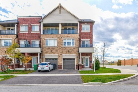 Townhouse for rent at 44 Sky Harbour Dr Brampton Ontario - MLS: W5060379