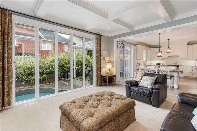 For Sale: 44 Strandmore Circle, Whitby, ON | 4 Bed, 4 Bath House for $1,051,000. See 20 photos!