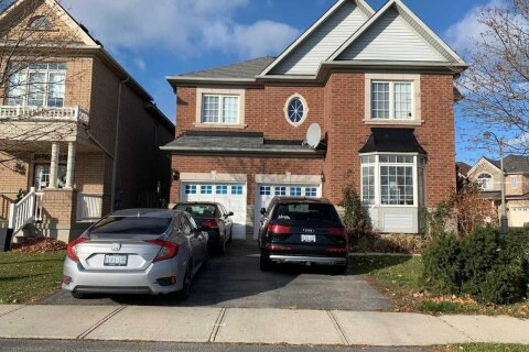 House for sale at 44 Watchman Rd Brampton Ontario - MLS: W4987600