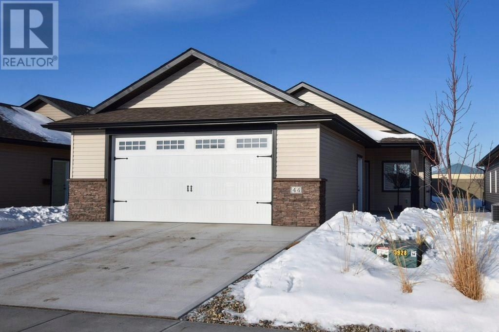 For Sale: 44 Wheatland Drive Se, Medicine Hat, AB | 2 Bed, 2 Bath House for $324,900. See 25 photos!