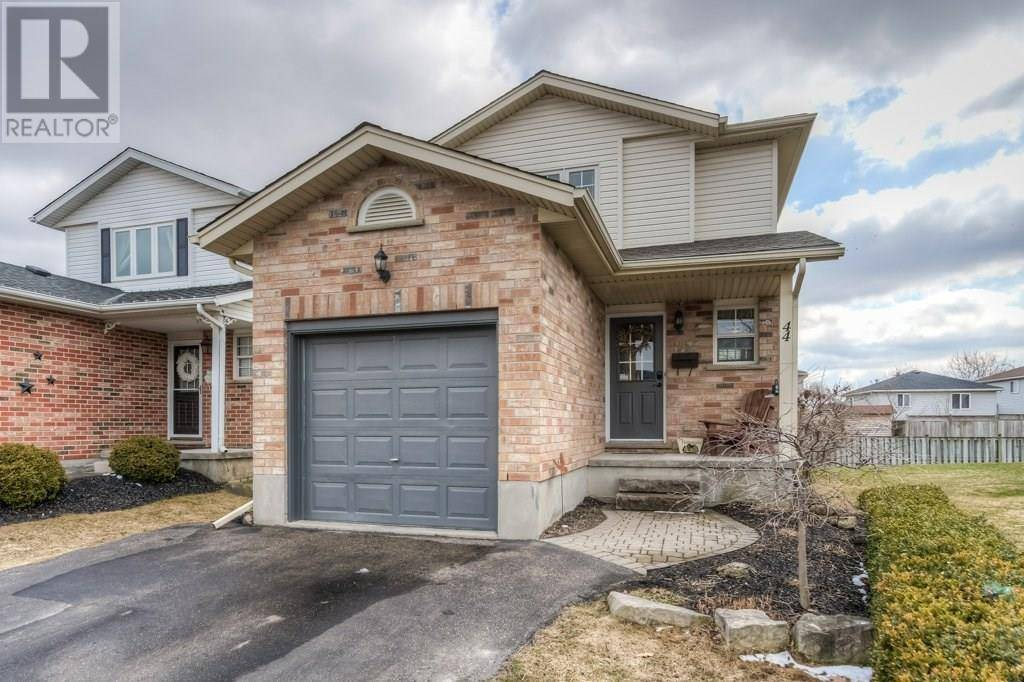 House for sale at 44 White Sands Ct Kitchener Ontario - MLS: 30799038