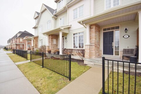 Townhouse for rent at 44 Wicker Park Wy Whitby Ontario - MLS: E4965581