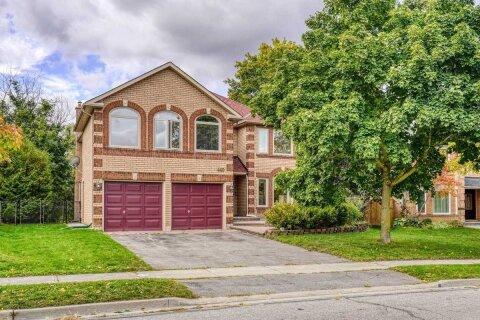House for sale at 440 Devanjan Circ Newmarket Ontario - MLS: N4984830