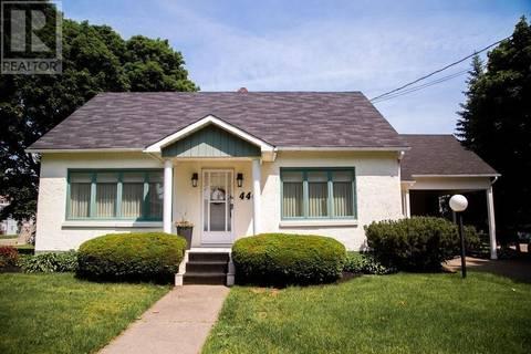 House for sale at 440 Main St Shediac New Brunswick - MLS: M124264