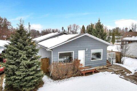House for sale at 4408 50th Avenue  High Prairie Alberta - MLS: A1042255
