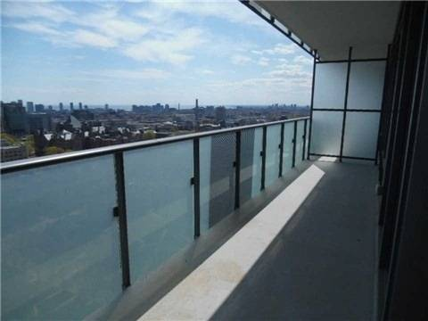 Apartment for rent at 65 St. Mary St Unit 4409 Toronto Ontario - MLS: C4491708