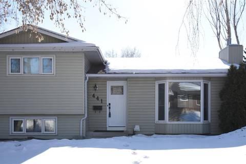 House for sale at 441 Assiniboine Dr Saskatoon Saskatchewan - MLS: SK799797