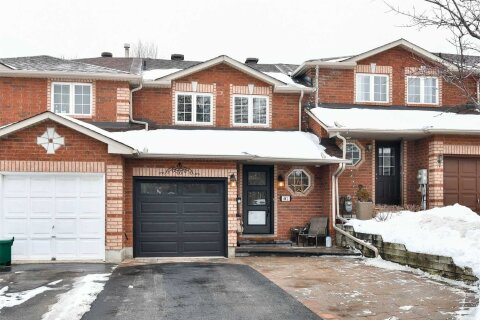 Townhouse for sale at 441 Ferndale Dr Barrie Ontario - MLS: S5082506