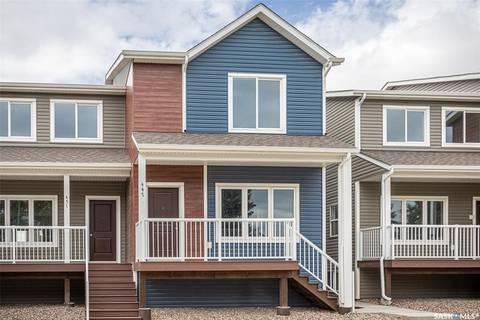 Townhouse for sale at 441 L Ave S Saskatoon Saskatchewan - MLS: SK804782