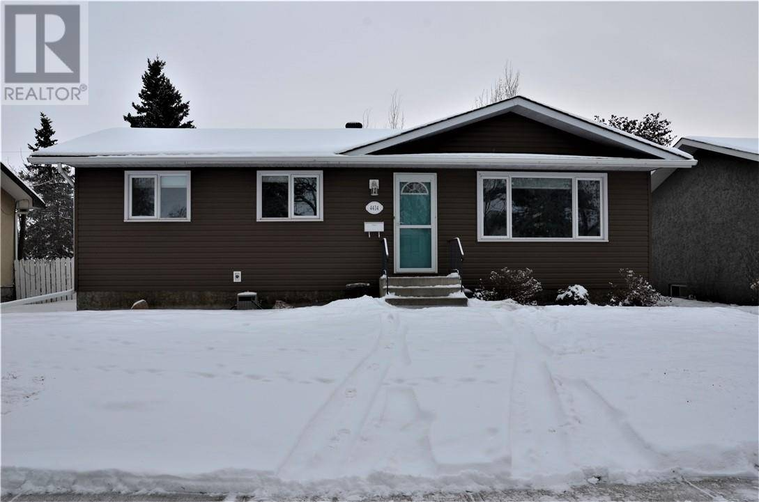 House for sale at 4414 67 St Camrose Alberta - MLS: ca0185118