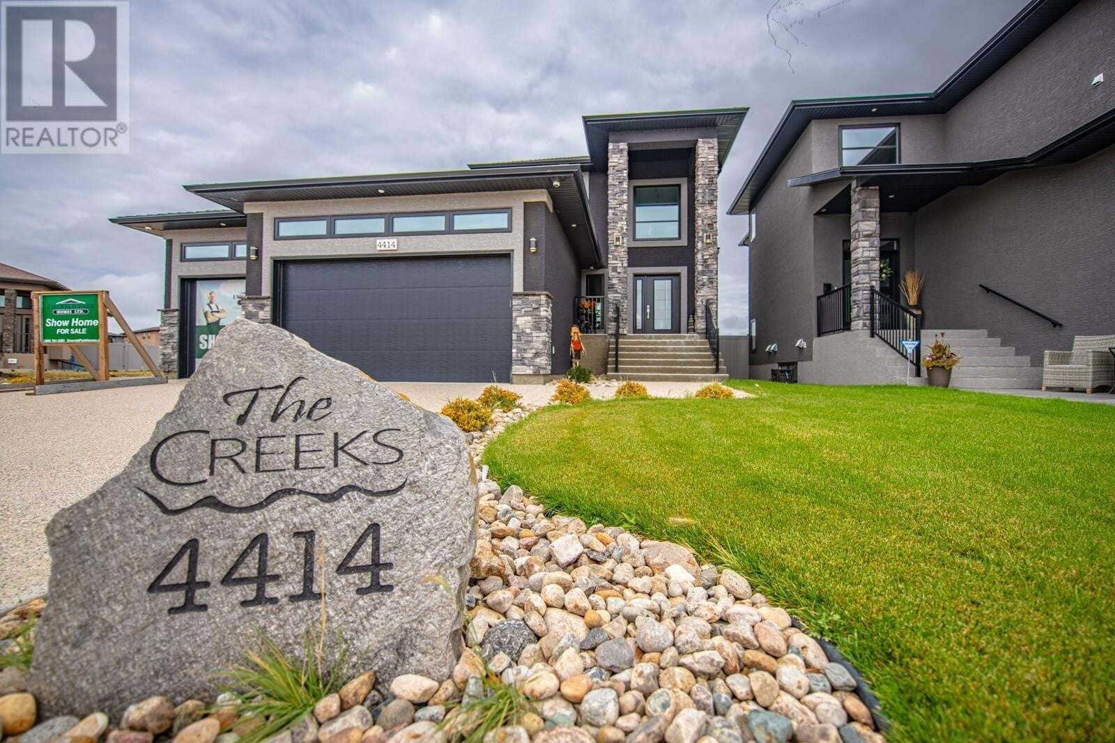 House for sale at 4414 Wolf Willow Pl Regina Saskatchewan - MLS: SK821278
