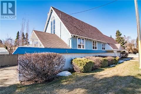 Home for sale at 4419 55 St Red Deer Alberta - MLS: ca0165984