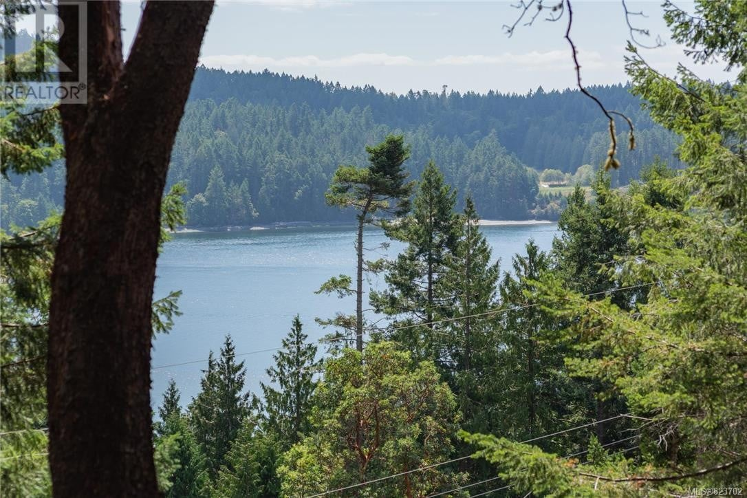 House for sale at 442 Mariners  Mayne Island British Columbia - MLS: 823702