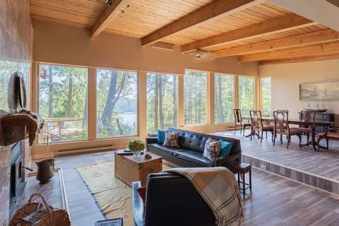 House for sale at 442 Mariners Wy Mayne Island British Columbia - MLS: R2418788