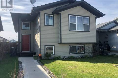House for sale at 4422 54 St Rocky Mountain House Alberta - MLS: ca0157590