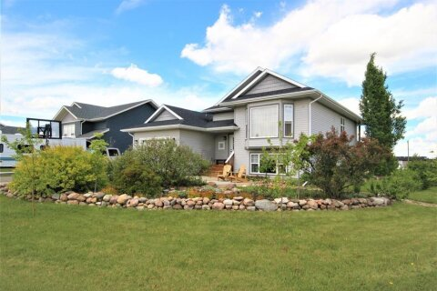 House for sale at 4422 Van Eaton  Wy Clive Alberta - MLS: A1046791