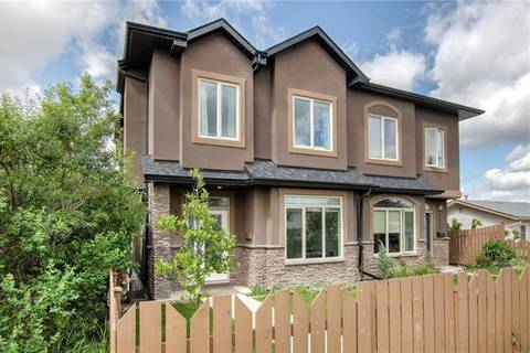 Townhouse for sale at 4433 Bowness Rd Northwest Calgary Alberta - MLS: C4267345