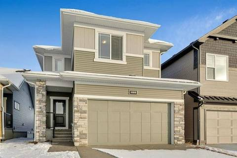 444 Chinook Gate Square, Airdrie   Image 1