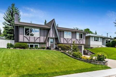 House for sale at 4448 Dalhart Rd NW Calgary Alberta - MLS: C4303696