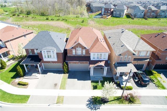 Removed: 445 Bussel Crescent, Milton, ON - Removed on 2017-07-01 06:15:18