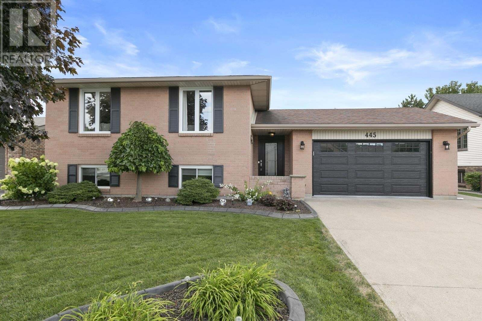 House for sale at 445 Lacasse  Tecumseh Ontario - MLS: 20009737