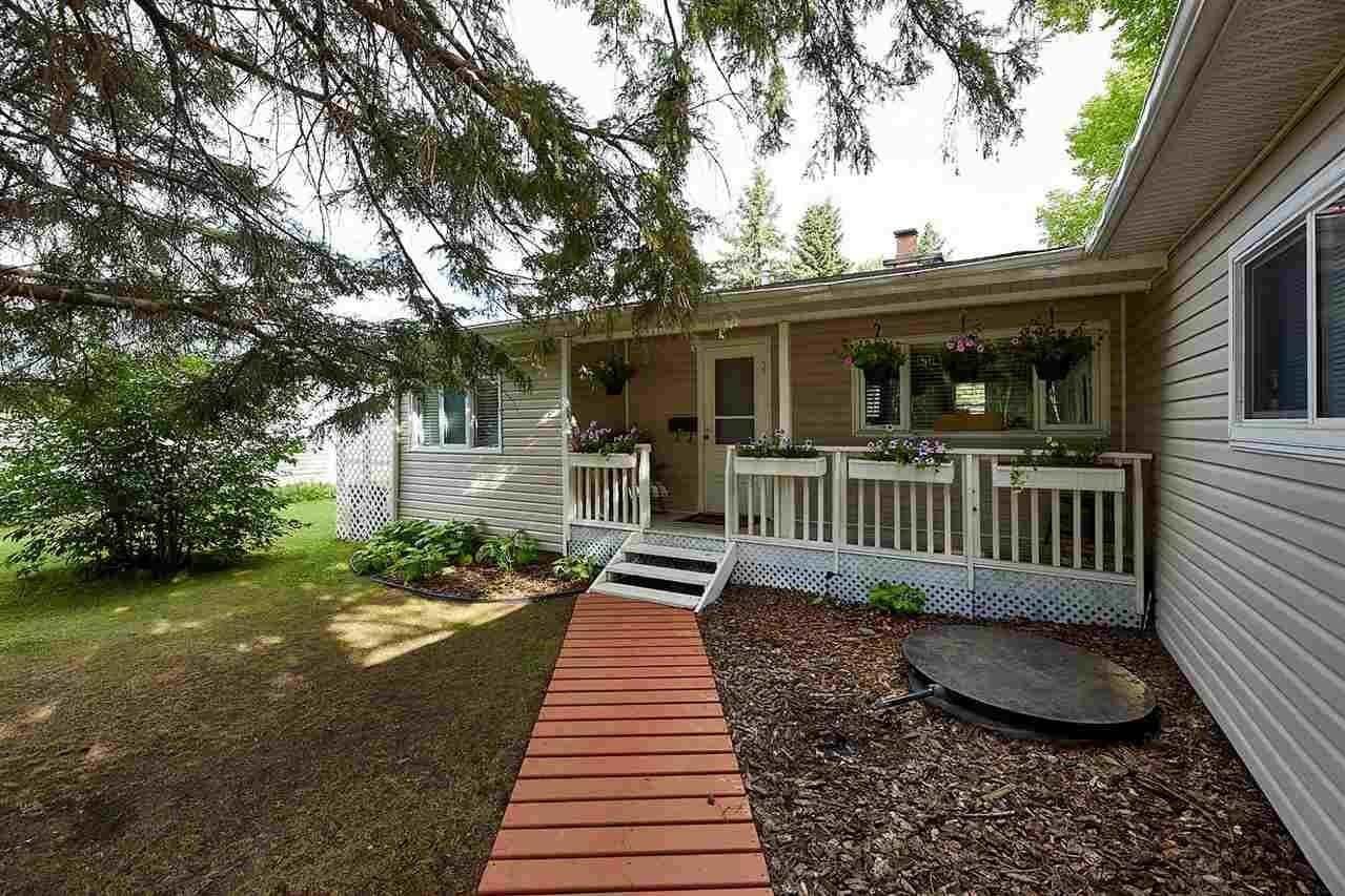 House for sale at 4452 50 Av Rural Wetaskiwin County Alberta - MLS: E4210963