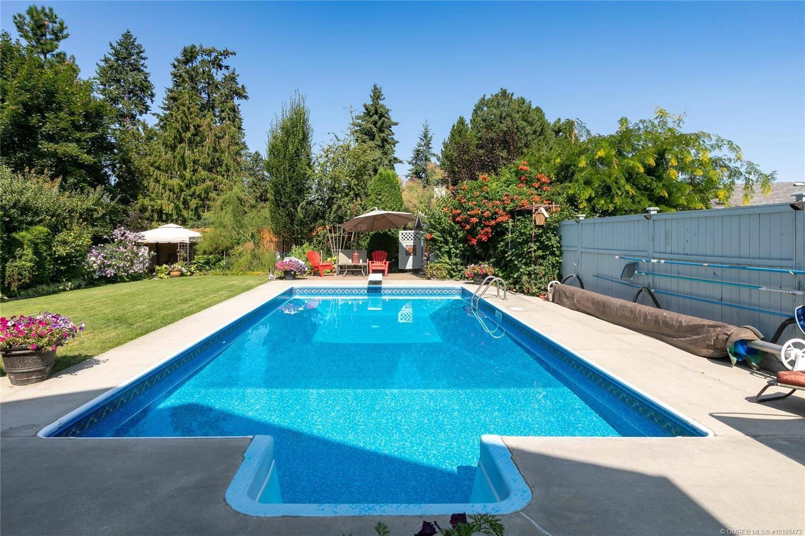 House for sale at 4452 Lakeshore Rd Kelowna British Columbia - MLS: 10189473
