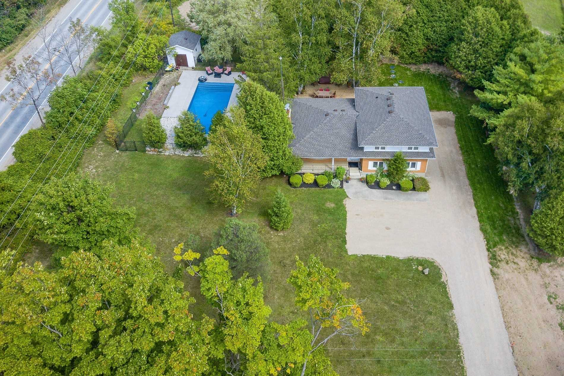 For Sale: 4467 Sideroad 20 Road, Puslinch, ON   4 Bed, 3 Bath House for $849900.00. See 20 photos!
