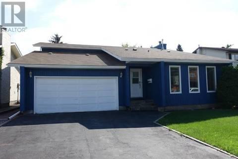 House for sale at 447 Kingsmere Blvd Saskatoon Saskatchewan - MLS: SK766340