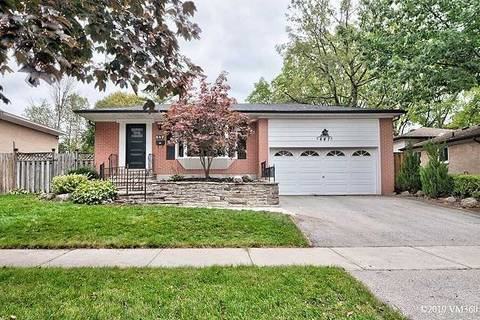 House for sale at 447 Sunset Dr Oakville Ontario - MLS: W4601318