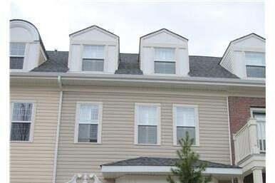 Townhouse for sale at 4471 Mccrae Av NW Edmonton Alberta - MLS: E4212965