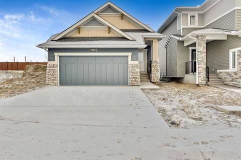 448 Chinook Gate Square, Airdrie | Image 1