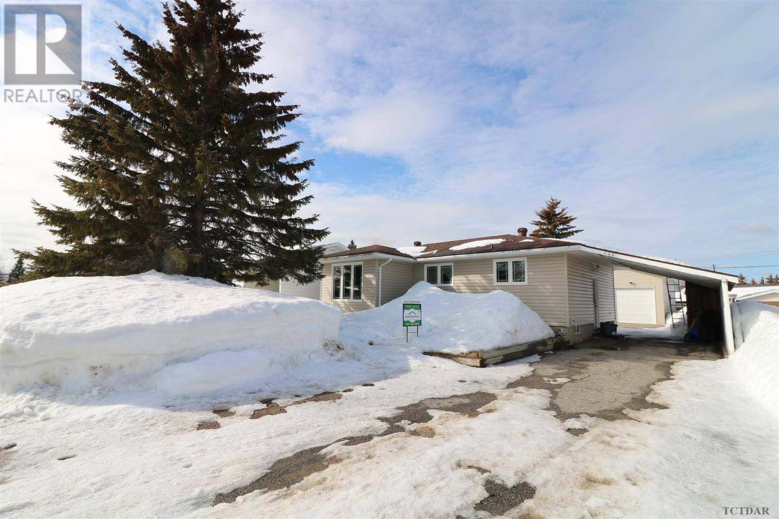 House for sale at 448 Nosov Dr Iroquois Falls Ontario - MLS: TM191266