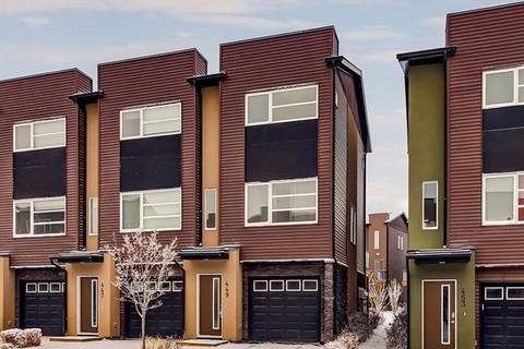 Townhouse for sale at 449 Covecreek Circ Northeast Calgary Alberta - MLS: C4224904