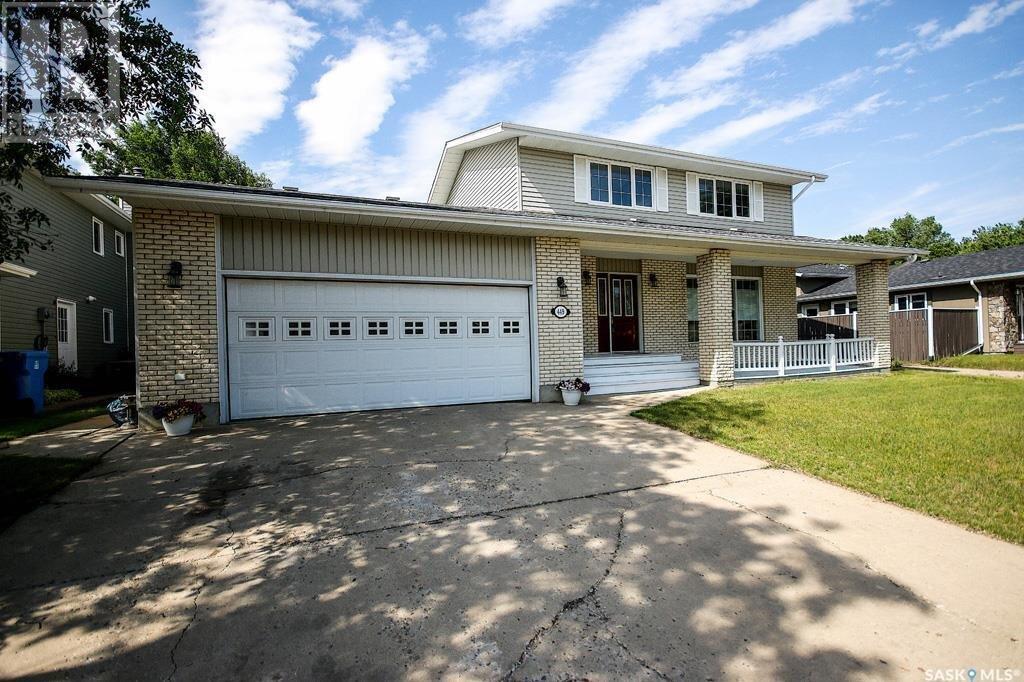 House for sale at 449 Maple By Estevan Saskatchewan - MLS: SK833830