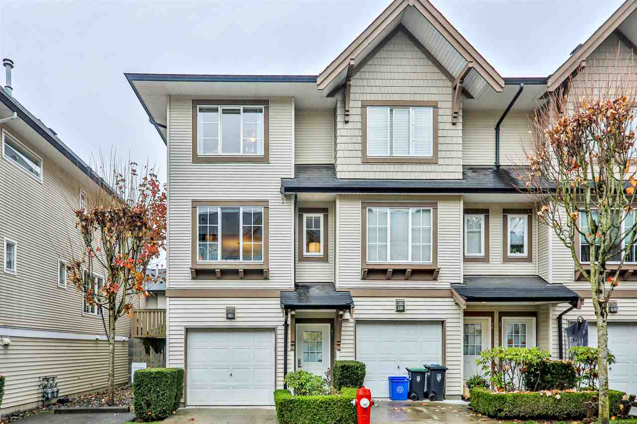 Buliding: 20560 66 Avenue, Langley, BC