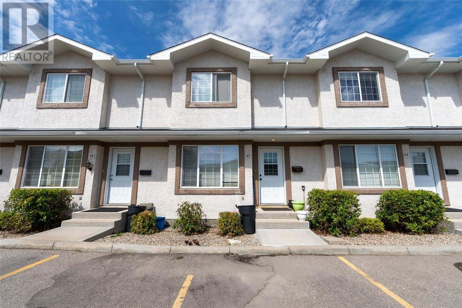 Townhouse for sale at 4101 Preston Cres Unit 45 Regina Saskatchewan - MLS: SK821068