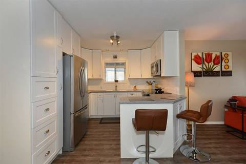 Condo for sale at 689 Park Rd Unit 45 Gibsons British Columbia - MLS: R2434558