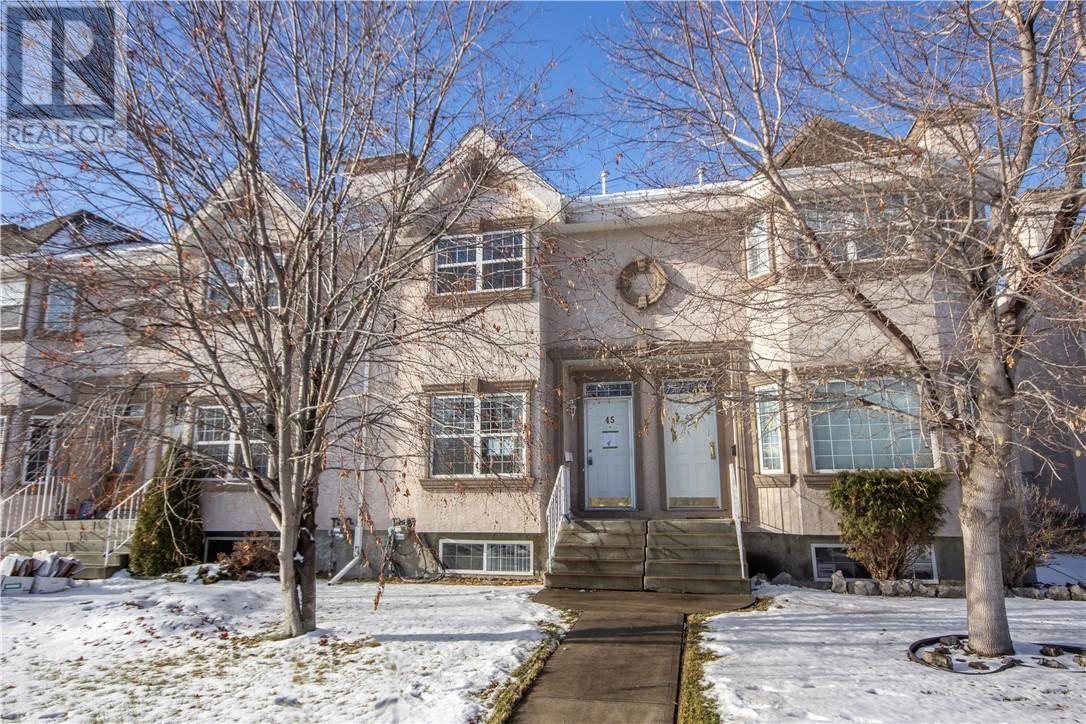 Townhouse for sale at 45 Adams Cs Red Deer Alberta - MLS: ca0183022