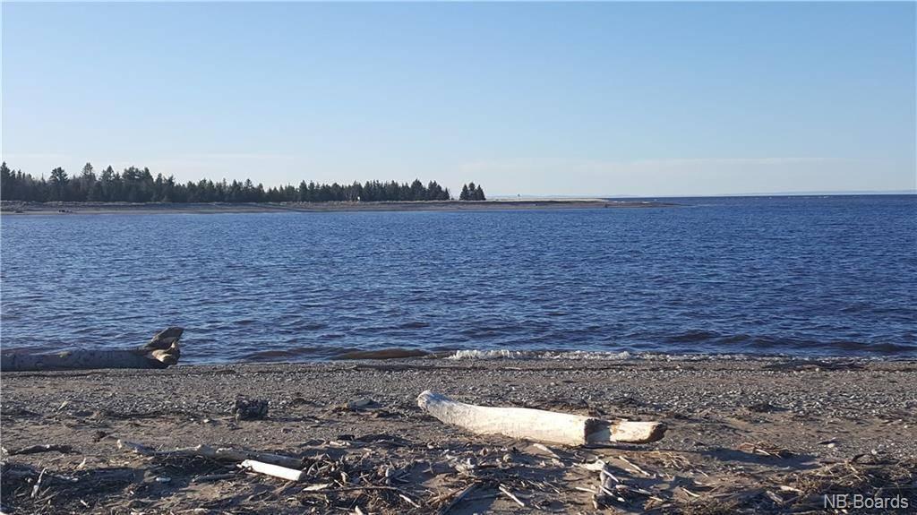 Residential property for sale at 45 Bayshore  Bathurst New Brunswick - MLS: NB042731