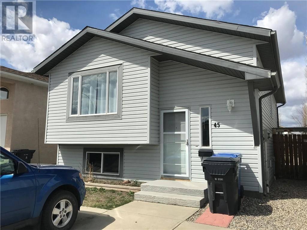 House for sale at 45 Blackfoot Ct W Lethbridge Alberta - MLS: ld0192441