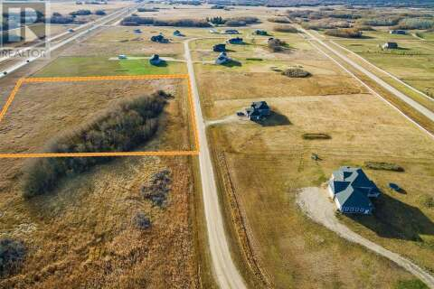 Home for sale at 45 Country Rd Dundurn Rm No. 314 Saskatchewan - MLS: SK809976