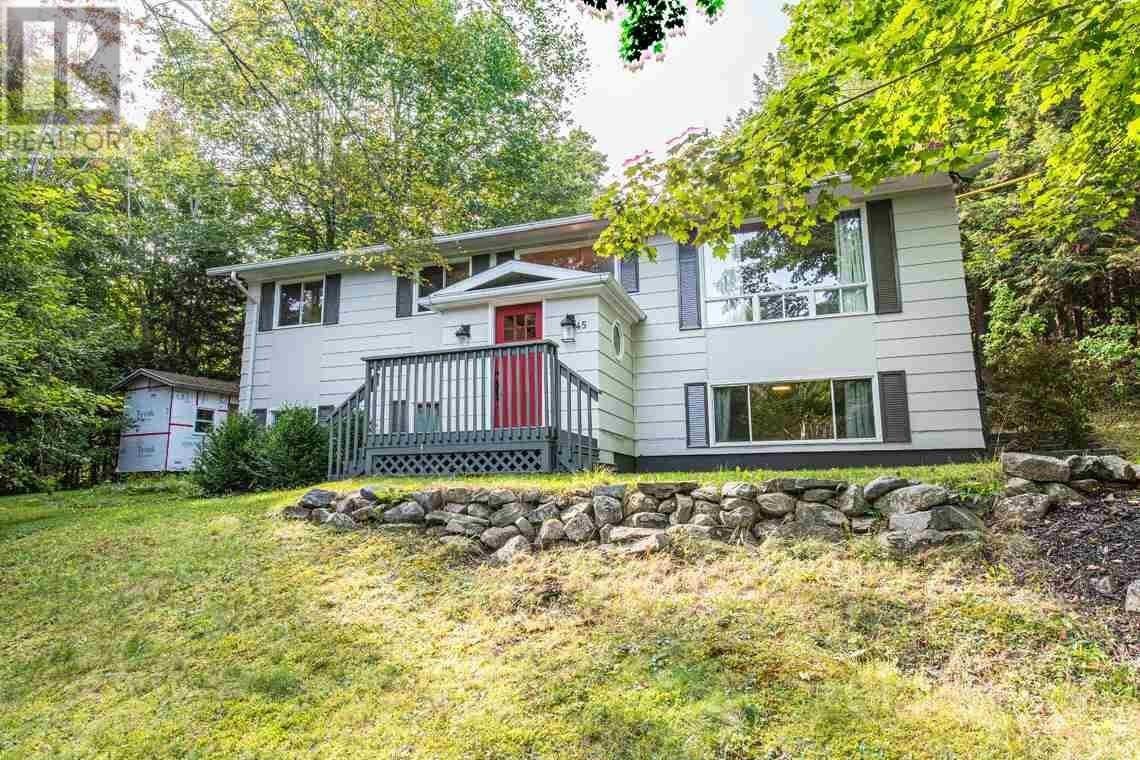 House for sale at 45 Lake Thomas Cres Fall River Nova Scotia - MLS: 202019125