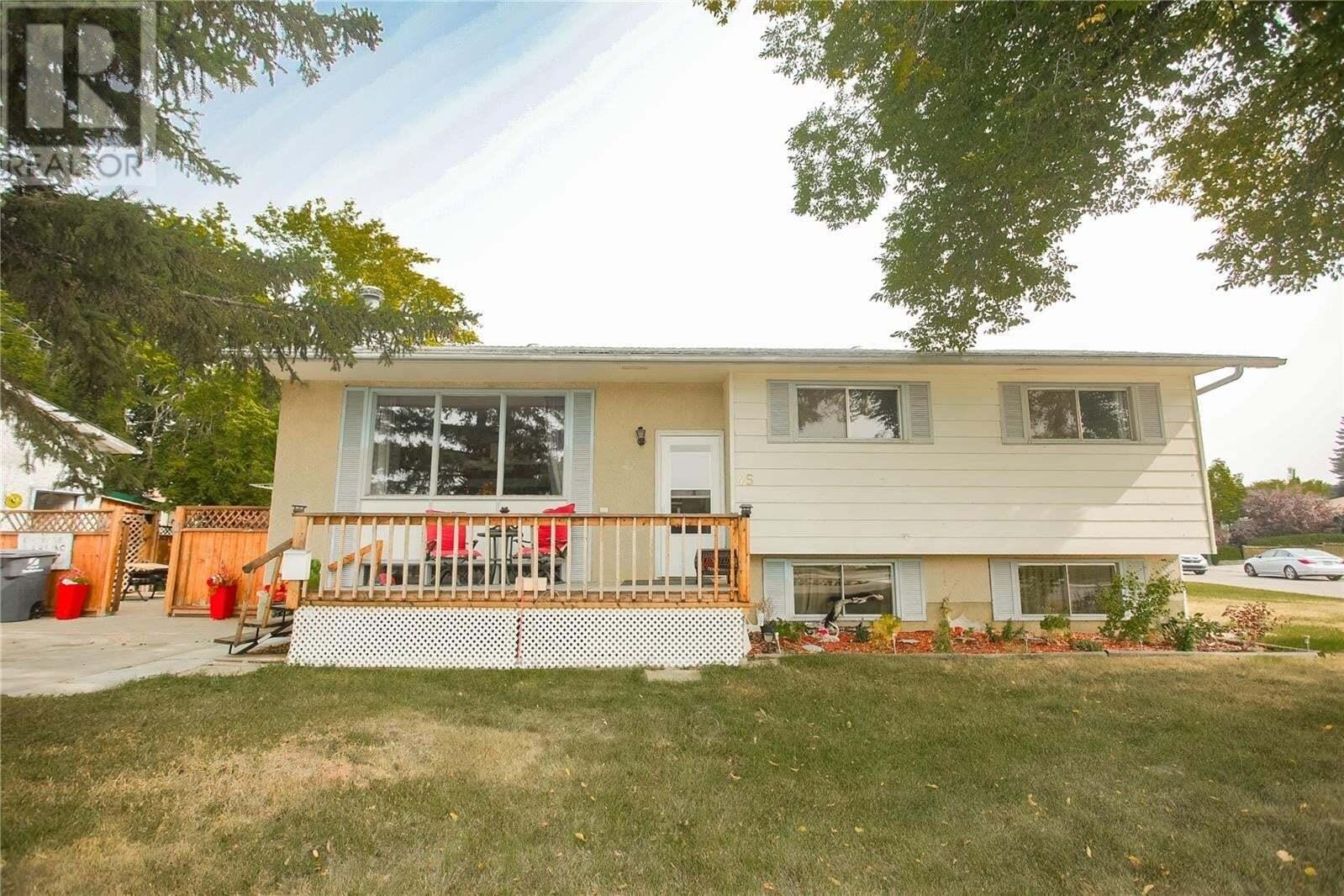 House for sale at 45 Nicholson Pl Saskatoon Saskatchewan - MLS: SK826992