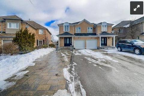 Townhouse for rent at 45 October Ln Aurora Ontario - MLS: N4752368