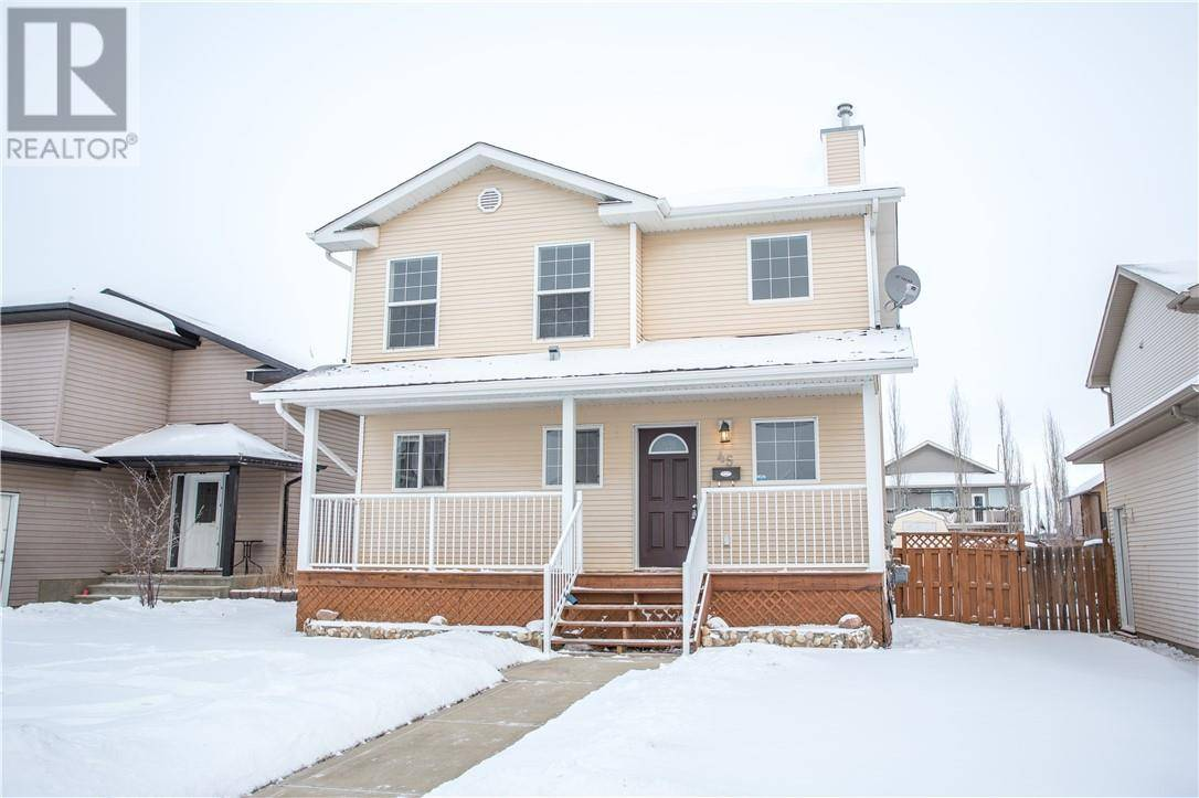House for sale at 45 Pine Cres Blackfalds Alberta - MLS: ca0185871