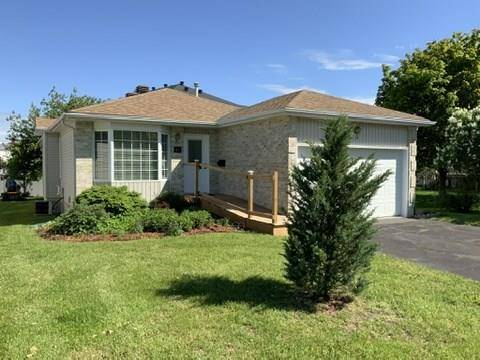 House for sale at 45 Treelawn Blvd Perth Ontario - MLS: 1151310